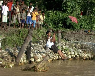 Shifting flood-affected victims