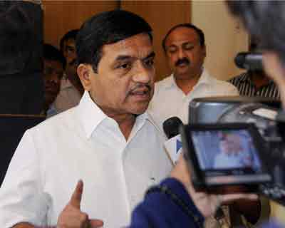 Mumbai: Maharashtra Home Minister RR Patil interacts with media regarding the hanging of Ajmal Kasab, the lone surviving terrorist of 2008 Mumbai terror attack, in Mumbai on Wednesday.