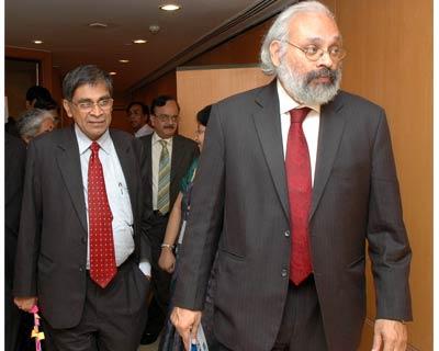 Central Bank of India CMD S Sridhar and RBI Deputy Governor Subir Gokarn