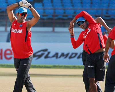 Dhoni, Jadeja at a practice session