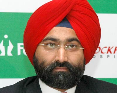 <p><b>Fortis Chairman Malvinder Singh at the press conference announcing the stake in Parkway Holdings in March.</b>