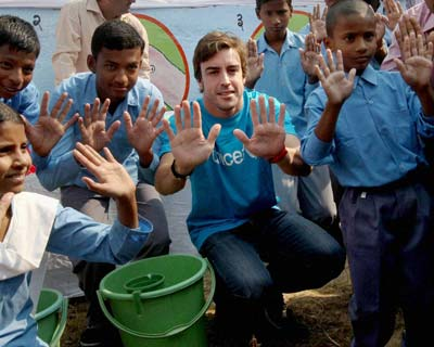 Fernando Alonso at an UNICEF event