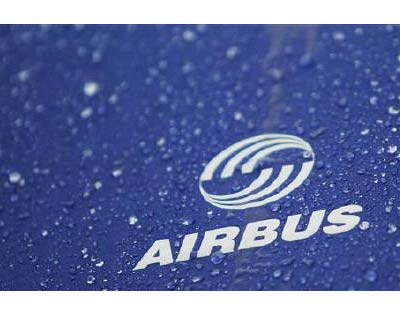 <p><b>Water drops are pictured on an umbrella with Airbus logo in Varel</b></p><p>Airbus has received an order worth $7.2 billion for 72 planes from GoAir, the latest in a series of Indian airlines scrambling to meet growing demand in India.</p><p>The order for A320 planes brings GoAir&#39;s total order book with Airbus to $9.6 billion, Managing Director Jeh Wadia told reporters on Thursday.</p><p>Indian carriers are growing their fleets as demand booms in India, where an economy growing at nearly 9% is spurring business travel and a burgeoning middle class long accustomed to traveling by rail is now increasingly opting for air.</p><p>India&#39;s largest private carrier Jet Airways is also expected to place aircraft orders with Airbus at the Paris Air Show later this month, according to media reports.</p>