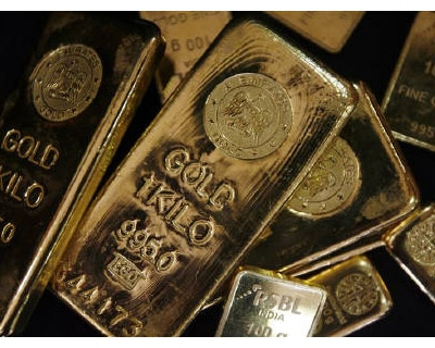 <p><b>Gold bars are displayed to be photographed at bullion house in Mumbai</b></p><p>Gold rose on Friday, helped by a soft dollar after poor US economic data this week raised prospects the Federal Reserve will keep monetary policy loose for some time to come.</p><p>Bullion has dropped about 5% since rallying to a lifetime high near $1,575 an ounce in early May, but expectations the Fed will keep monetary policy ultra-loose for a while longer could polish gold&#39;s safe haven appeal.</p><p>Spot gold traded at $1,500.49 at 4:14 pm from $1,491.60 late in New York on Thursday. Silver traded at $35.04 from $34.95, well below a record at $49.51 an ounce in April.</p>