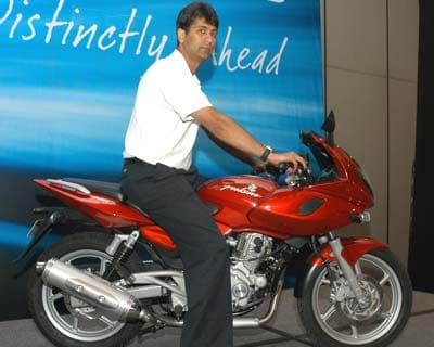 First car of Bajaj to be priced at Rs 2-5 lakh