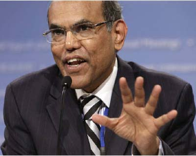 "<p>Duvvuri Subbarao speaks at the BRICs finance ministers&#39; news conference during the annual International Monetary Fund (IMF)-World Bank meetings in Washington</p><p><b>RBI governor defended an 18-month monetary tightening campaign on Monday, calling the country&#39;s inflation rate of about 9% ""inimical to growth"".</b></p><p>""If inflation is below 6%, there&#39;s probably an argument that we can tolerate a bit of higher inflation, but when it is around 9%, as it is, we are way past the threshold. There is no question, inflation is inimical to growth,"" Reserve Bank of India Governor Duvvuri Subbarao said at New York University&#39;s Stern School of Business.</p>"