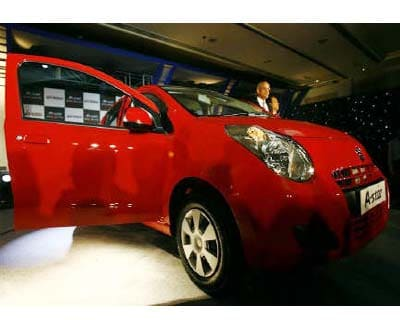 <p>Maruti's A-Star hatchback model is seen in New Delhi</p><p><b>A strike at car maker Maruti Suzuki's Manesar plant entered its fifth day on Thursday, causing a production loss of 4,200 vehicles, a company spokesman said.</b></p><p>He said Maruti, which sells every second new car in India, was continuing talks with the workers at the Manesar plant that makes about 1,200 vehicles a day, including the hatchbacks Swift and A-Star models and the DZiRE and SX4 sedans.</p><p>Around 800 workers began the strike on Saturday demanding the recognition of a new union -- Maruti Suzuki Employees Union. At present, Maruti has one workers' union that is recognized by the management.</p>