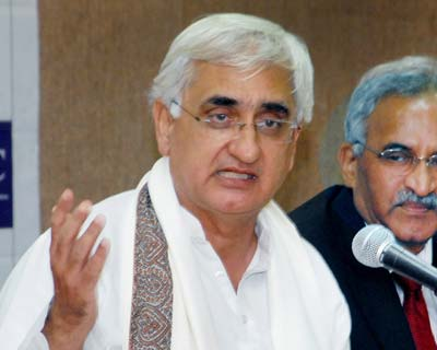<p><b>Salman Khursheed and Veerappa Moily switched profiles to become Law Minister and Corporate Affairs Minister respectively. Jayanthi Natarajan was given the Environment and Forests portfolio.  Among other important appointments were Dinesh Trivedi as Railways Minister and Milind Deora as Minister for Communications and Information Technology.</b></p><p>PM Manmohan Singh retained key allies in a cabinet reshuffle on Tuesday, shunning big changes in a bid to hold onto power amid charges of graft and policy paralysis.</p><p>In his second cabinet revamp this year, the beleaguered prime minister shied away from his pledge of a major shakeup, choosing instead to focus on gaining rural support ahead of 2012 state elections.</p><p>