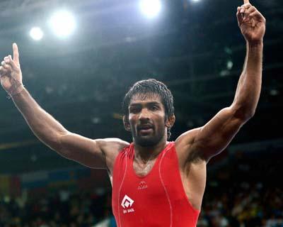 Yogeshwar Dutt wins bronze