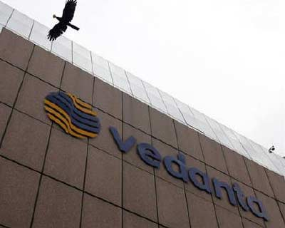 <p> <b>A bird flies by the Vedanta office building in Mumbai.</b> </p><p> India-focused mining group Vedanta Resources Plc agreed a $6 billion financing deal with a consortium of banks to help fund its proposed acquisition of a majority stake in the Indian unit of Cairn Energy. </p><p> London-listed Vedanta said in a statement the financing would be structured in four tranches, with maturities of between 18 months and three years. </p><p> The bank consortium comprises Barclays Capital, Citi, Credit Suisse, Goldman Sachs, JP Morgan, Morgan Stanley, Royal Bank of Scotland and Standard Chartered. </p>