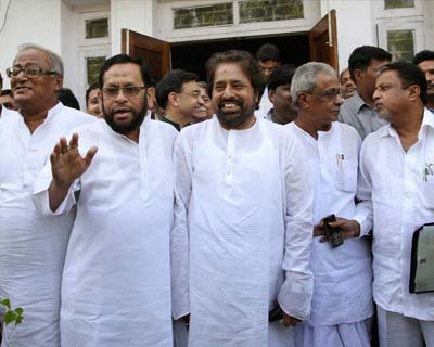 TMC ministers submit resignations