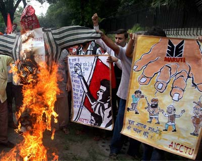 Trade unions protest against Manesar sacking