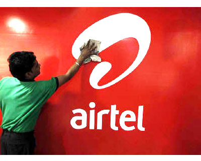 <p><B>A worker cleans a Bharti Airtel logo inside its shop in Kolkata</B></p><p>Bharti Airtel, India&#39;s top telecoms carrier, has no immediate plans for an initial public offering of its telecoms tower unit, Akhil Gupta, deputy group CEO at Bharti Enterprises said.</p><p>Gupta is also the managing director of Bharti Infratel, the telecoms tower unit of Bharti Airtel.</p><p>Bharti Infratel, which has more than 30,000 towers, also holds a 42% stake in a joint-venture tower company Indus Towers, which is the world&#39;s top telecoms tower company with more than 100,000 towers. Gupta said there are no immediate plans to list Indus Towers.</p><p>