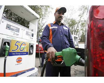 <p><b>An employee fills a car with petrol at a gas station in Jammu</b> </p><p> India&#39;s domestic oil product sales fell an annual 1.9 per cent in September, its second straight monthly decline, as floods in some parts of the country slackened demand for diesel, government data showed on Friday. </p><p> Oil product sales, a proxy for oil demand in Asia&#39;s third-largest oil consumer, totalled 10.66 million tonnes in September, when the annual growth in diesel consumption softened to 1.7 per cent as fewer power outages and extended monsoon rainfall cut demand for the fuel from farm and industry. </p><p> In September 2009, local diesel sales grew 4.7 per cent on a high base of year ago when industrial users substituted fuel oil with subsidised diesel. </p>