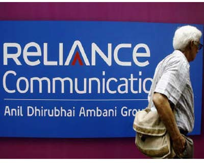 <p>A man walks past a logo of RCom before the Annual General Meeting in Mumbai</p><p><b>RCom, India&#39;s second-biggest mobile carrier, said on Tuesday several firms had offered to buy out its controlling stake in its tower arm.</b></p><p>Debt-laden telecom firm RCom on Tuesday said it had received several offers for its 95-percent stake in its tower arm, a move seen as aimed at soothing investors a day after it reported a plunge in profit.</p><p>India&#39;s second-largest mobile carrier, controlled by billionaire Anil Ambani, did not name the bidders, but said the board had approved taking the process to the next stage of due diligence. It said it aimed to complete a deal at the earliest.</p><p>Saddled with more than $7 billion in net debt and seven straight quarters of profit declines, the firm has so far been unsuccessful in its efforts to raise funds to cut debt.</p>