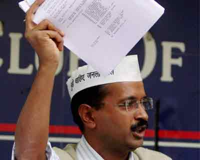 Kejriwal attacks business honchos