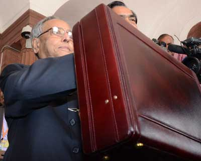 Pranab's Aam Aadmi Budget didn't quite go well with the Aam Aadmi