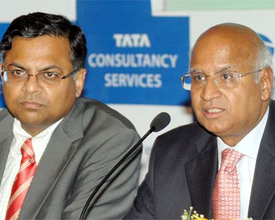 TCS rides out fortifying Re, wage hikes in Q1