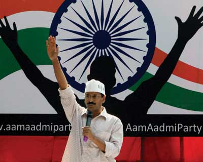 Kejriwal launches his Aam Aadmi Party
