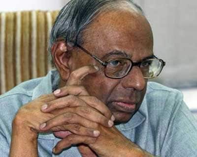 Govt pegs FY12 economic growth at 6.9%