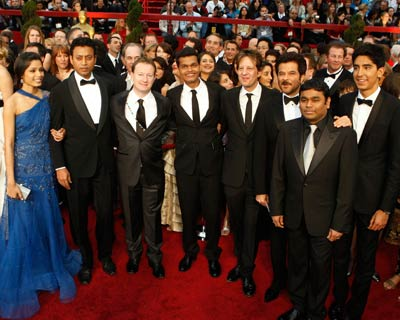 "The cast and crew of best picture nominee ""Slumdog Millionaire"" at the 81st Academy Awards in Hollywood, California February 22, 2009. Actors Freida Pinto (from left), Irrfan Khan, writer Simon Beaufoy, actor Madhur Mittal, producer Christian Colson, actor Anil Kapoor, composer A R Rahman, actor Dev Patel. (Reuters)"