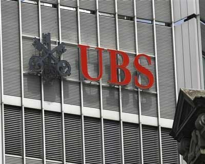 UBS predicts poor Q1 over euro zone woes