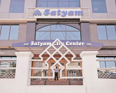 <b>Satyam modifies bidding terms</b>
