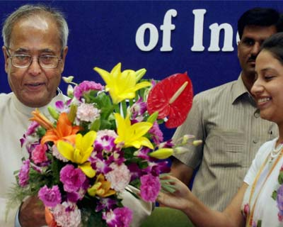 <p>New Delhi: Union Finance Minister Pranab Mukherjee is greeted at the 28th annual conference of Chief Commissioners &  Directors General of Income Tax in New Delhi on Monday.</p>