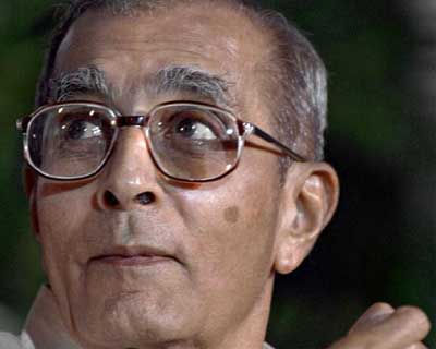 <b>Gopalan Kasturi</b>, 87, was a journalist who served as Editor of The Hindu from 1965 to 1991. Till date, he is the longest serving editor of the newspaper.