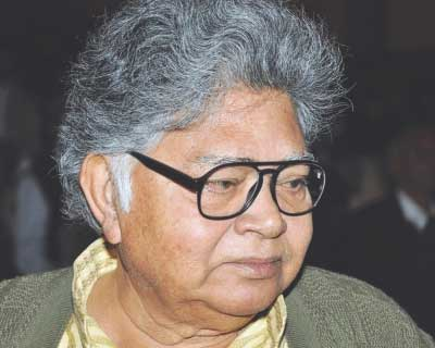 <b>Sunil Gangopadhyay</b>, 78, was a Bengali poet and novelist. He created the popular Bengali fictional character Kakababu and wrote a series of novels on this character which became significant in Indian children's literature. He used pen names
