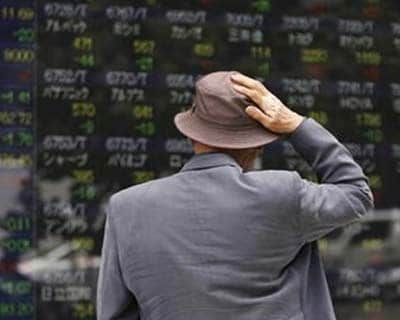 Asia shares, euro consolidate from lows