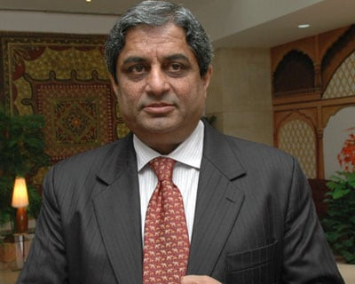 Aditya  Puri has won the Business Standard Banker Of The Year award (on the basis of a poll among the newspaper's senior editors) for transforming the 14-year old institution into a financial powerhouse. HDFC Bank today has the largest branch ne