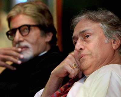Ustad Amjad Ali Khan & Sr Bachchan at the launch of Khan's book