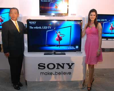 <p>Masaru Tamagawa,MD,Sony India introduced 15 LED TV Models at a press confrence in  New Delhi</p><p><b>(Picture by Sanjay Sharma)</b></p>