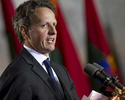 <p><b>US Treasury Secretary Timothy Geithner speaks during an event to commemorate Holocaust victims and survivors in Washington</b></p><p>Treasury Secretary Timothy Geithner sought on Wednesday to reassure Americans that the Obama administration was