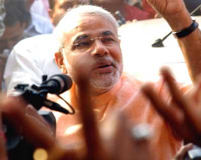Modi sweeps Gujarat