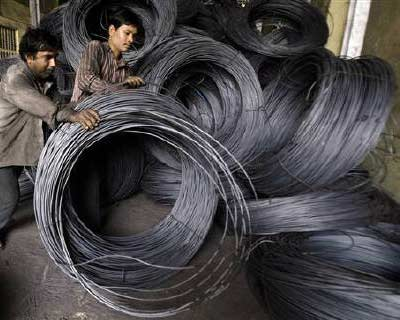 <p>Labourers work inside a steel factory in Siliguri</p><p><b>Tata Steel on Friday said first-quarter net profit more than tripled, beating estimates, helped by stronger volumes at its Indian operations, better prices in Europe and a one-time gain fr