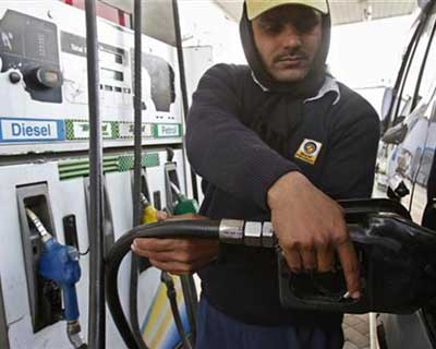 Petrol prices may dip by Rs 0.65