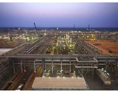 <p>Reliance Industries KG-D6&#39;s facility located in Andhra Pradesh is pictured in this undated handout photo</p><p><b>Energy major Reliance Industries will suspend oil and gas drilling pending an internal valuation of its exploration and productio
