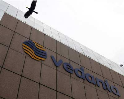 <p><b>A bird flies by the Vedanta office building in Mumbai</b></p><p>India-focused mining group Vedanta posted record first-quarter core earnings, driven by continued strength in metals prices and higher zinc production.</p><p>The London-listed firm