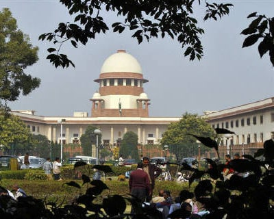 <p><b>A view of the Supreme Court building is seen in New Delhi</b>
