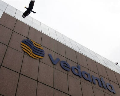 <p><b>A bird flies by the Vedanta office building in Mumbai</b>