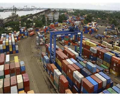 <p>Shipping containers stand stacked at the Container Terminal at the Cochin Port on Willingdon Island in Kerala</p><p><b>The government has decided to end a tax incentive scheme for exporters on June 30, the country&#39;s revenue secretary said on W