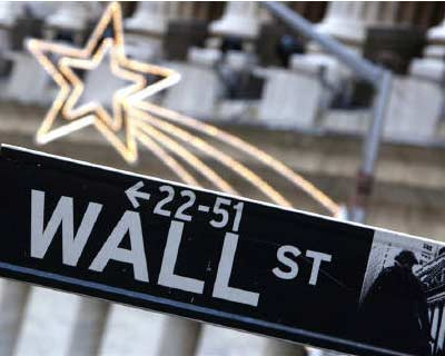 <p>A street sign is seen on Wall Street outside the New York Stock Exchange York</p><p><b>Increasing myopia among investors and distorted financial pricing may be exacting a high economic and social toll.</b></p><p>What&#39;s been clear to most obser