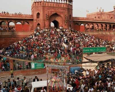 Muharram procession outside Jama Masjid