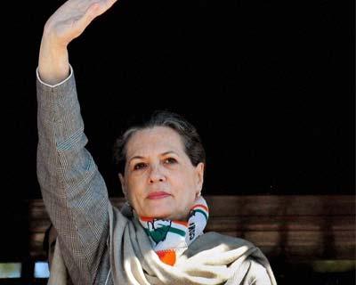 Sonia Gandhi at an election rally in Shimla