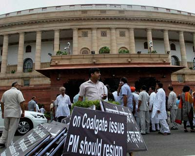 NDA leaders hold demonstration on coal issue