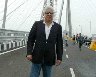 The maker: Ajit Gulabchand, chairman of Hindustan Construction Company (HCC), stands on the sea link. He is one proud man. Oh by the way, the bridge was built at a cost of around Rs 1,600 crore. Lighting alone cost Rs 9 crore.