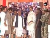 Amitabh Bachchan attends Tej Pratap Yadav's 'Tilak' ceremony