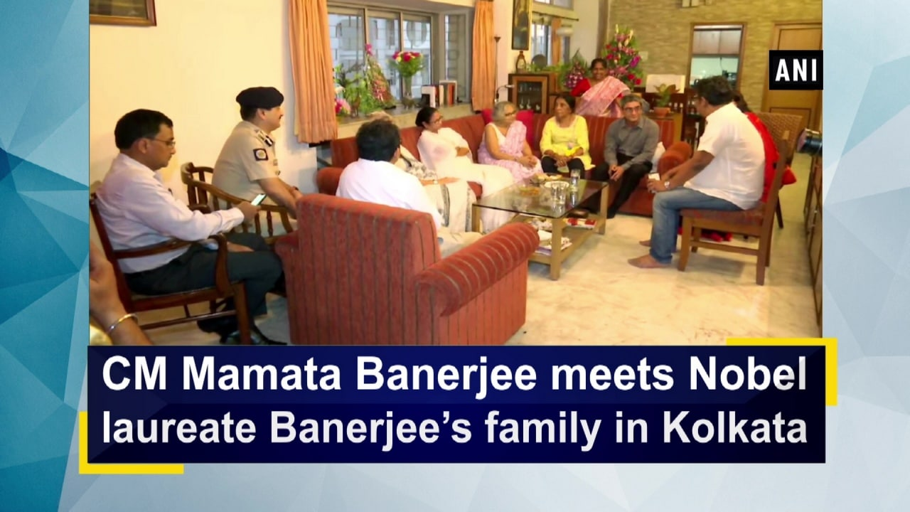 CM Mamata Banerjee meets Nobel laureate Banerjee's family in Kolkata